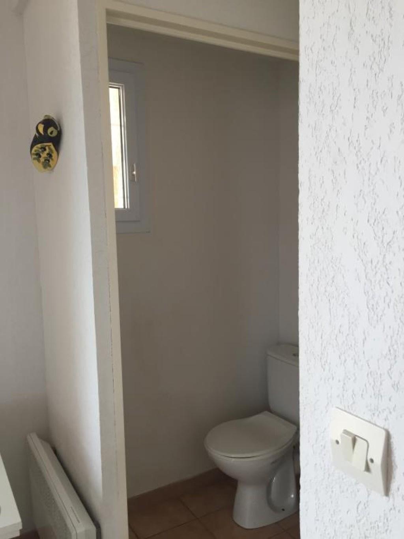 111 - WC