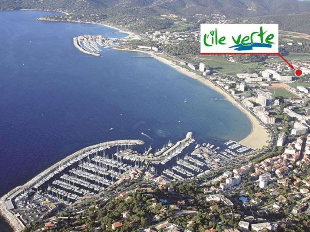 1 - Le Lavandou - L'Ile Verte - Localisation du programme - VUE AERIENNE